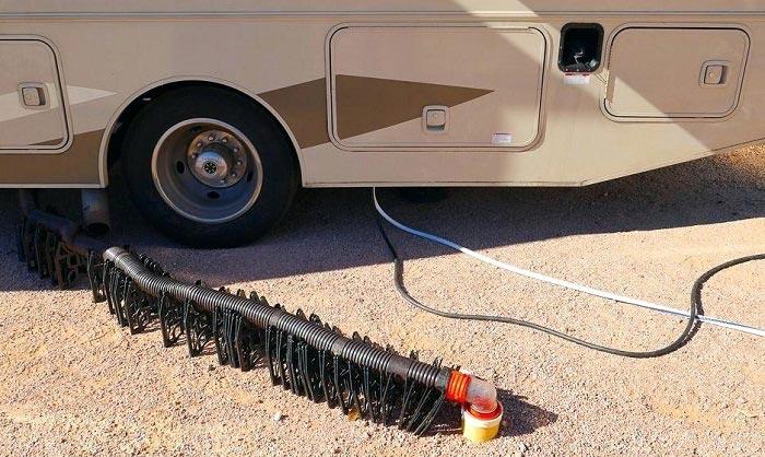 camper-sewer-hose-support